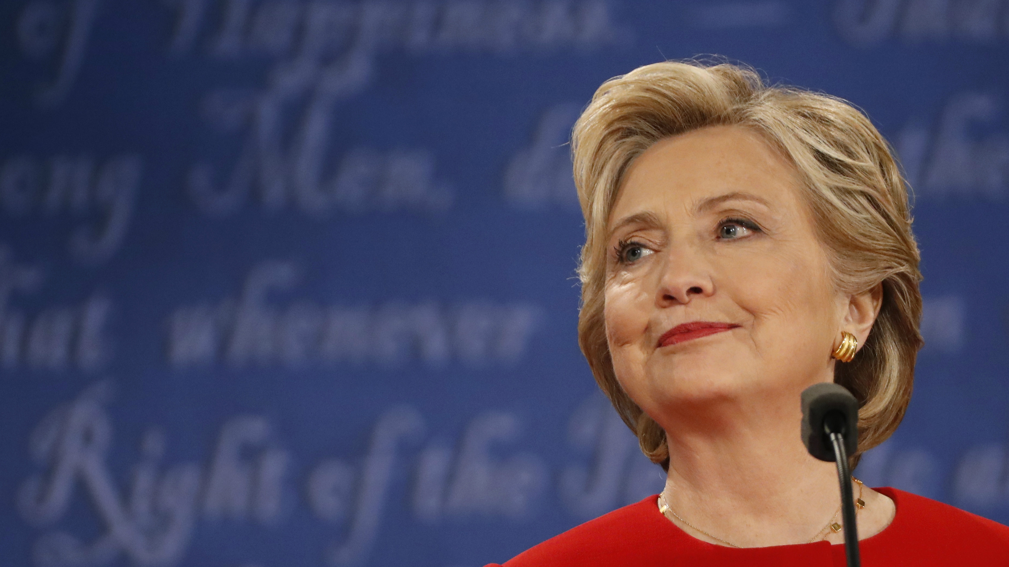 hillary-clinton-debate-2
